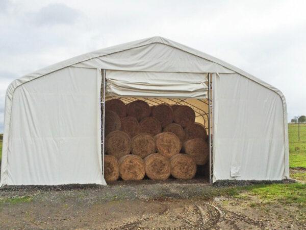 Zemědělská hala typ ekonomik s detailem ručně rolovacích plachtových vrat.